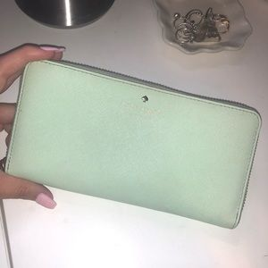 Kate spade margaux slim continental wallet